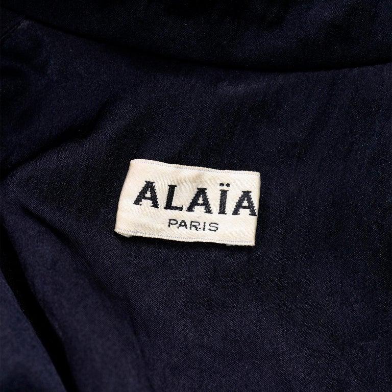 Vintage Alaia Paris Regenmantel der 1990er Jahre schwarzer Trenchcoat 16