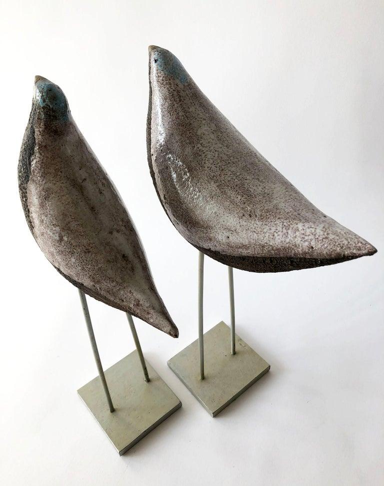 Vintage Aldo Londi Bitossi Italian Modernist Ceramic Pair of Birds Sculptures In Good Condition For Sale In Pasadena, CA