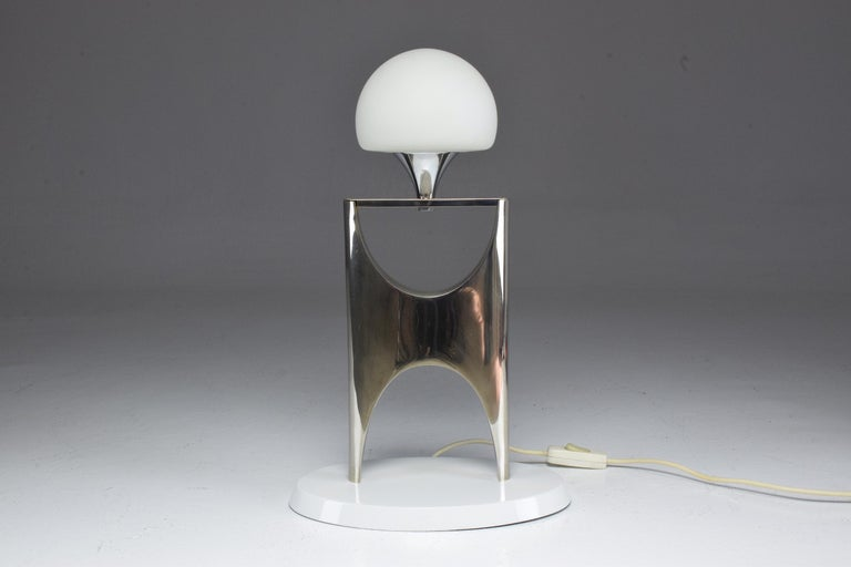 20th Century Sculptural Aluminum Table Lamp, 1950-1960 For Sale 8