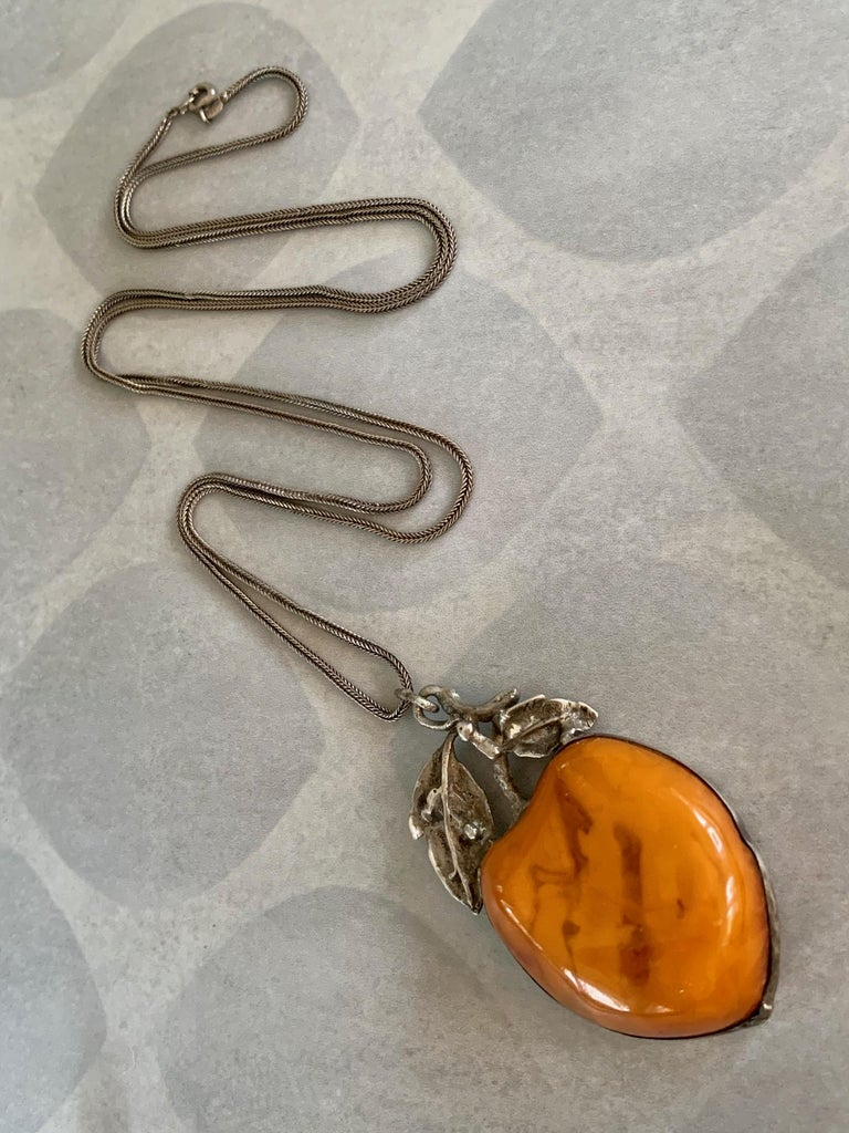 Vintage Amber Fruit Pendant Long Sterling Silver Fox Tail Chain Necklace 1