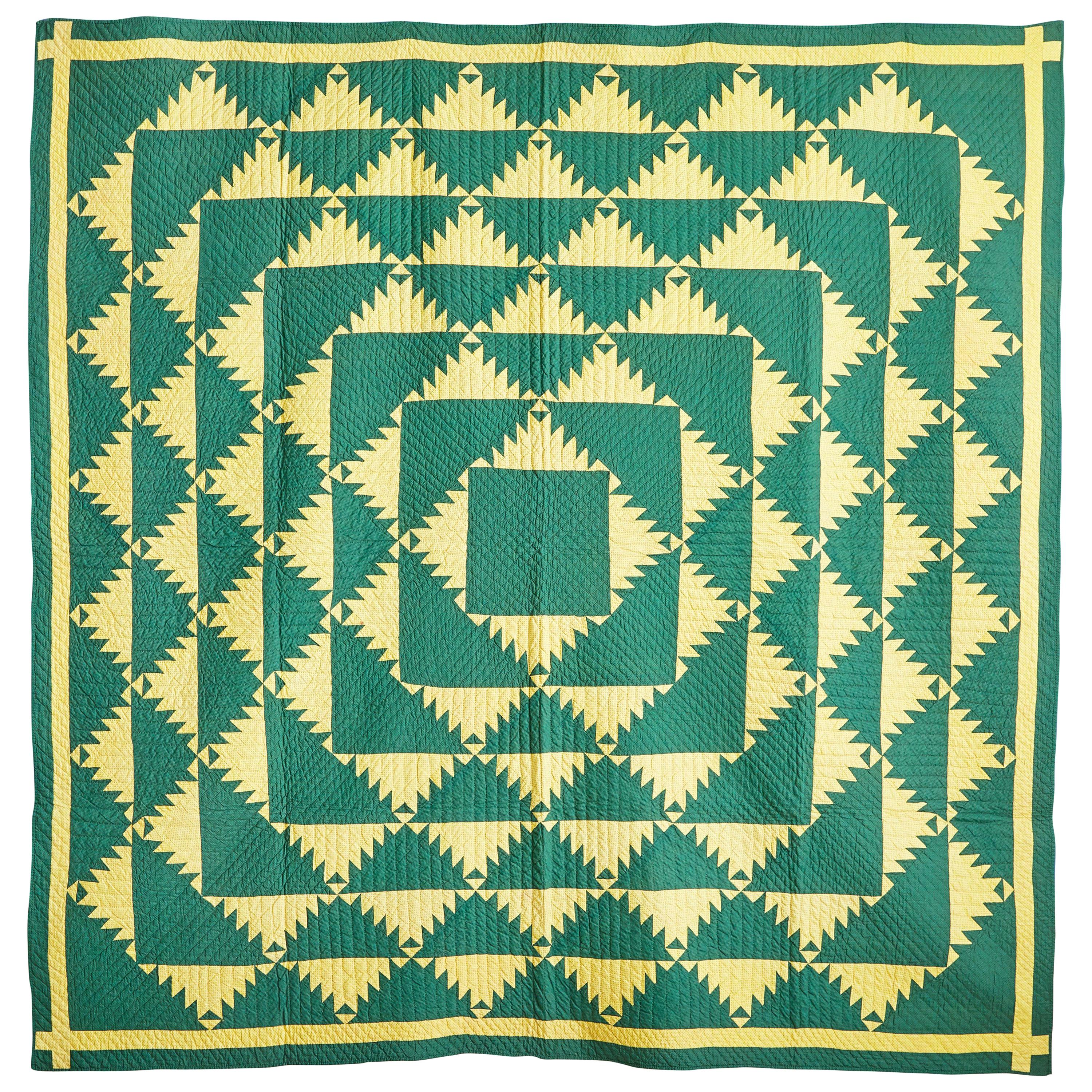 """Vintage American 1930s """"Delectable Mountains"""" Handmade Patchwork Quilt"""