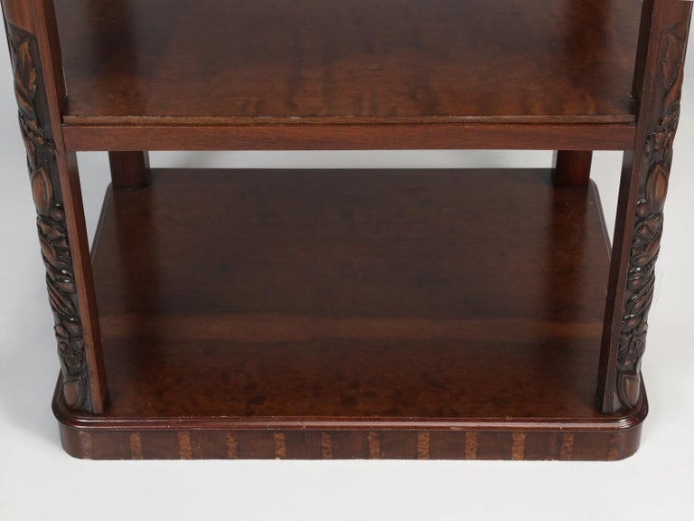 Vintage American Mahogany End Table, Nightstand or Side Table, Restored For Sale 11