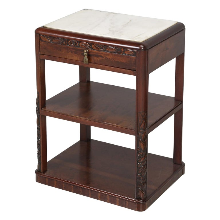 Vintage American Mahogany End Table, Nightstand or Side Table, Restored For Sale