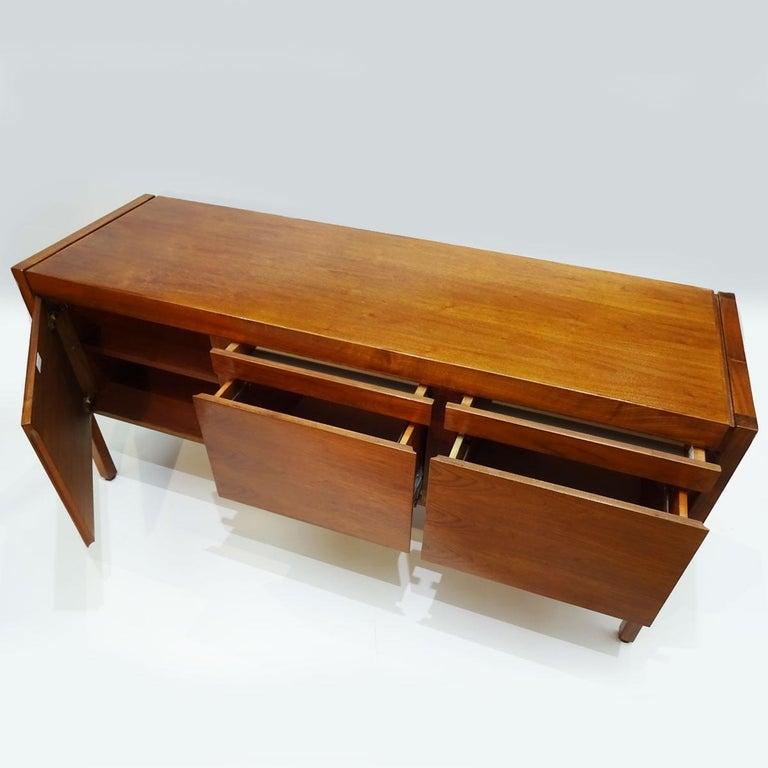 Vintage American Midcentury Jens Risom Walnut Office Bureau, Sideboard Credenza For Sale 1