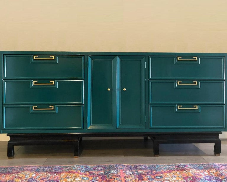 Mid-Century Modern Vintage American of Martinsville Lacquered Dresser / Credenza For Sale