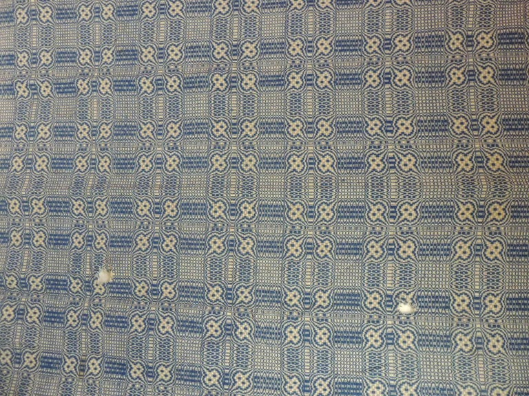 Mid-20th Century Vintage Americana Style Blue and White Woven Coverlet For Sale