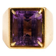 Vintage Amethyst and 18 Carat Gold Signet Ring