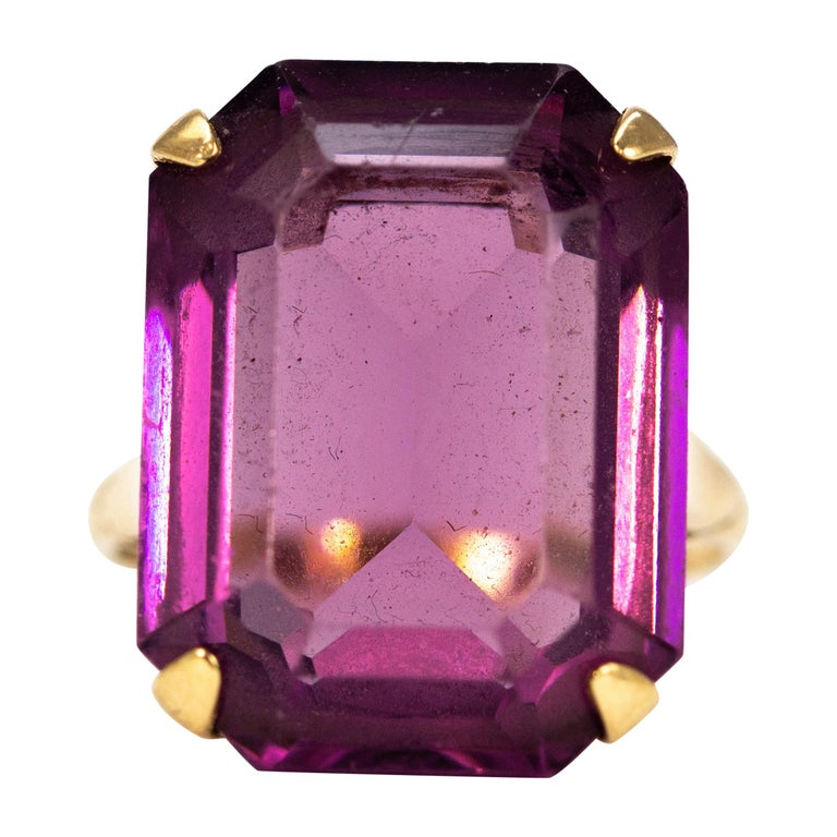 Vintage Amethyst and 9 Carat Gold Cocktail Ring For Sale