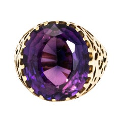 Vintage Amethyst and 9 Carat Gold Ring