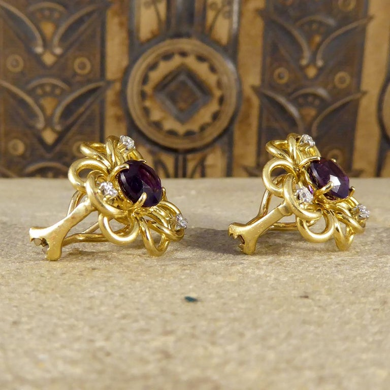 Round Cut Vintage Amethyst Diamond Set of Floral Pattern Earrings in 18 Carat Yellow Gold For Sale