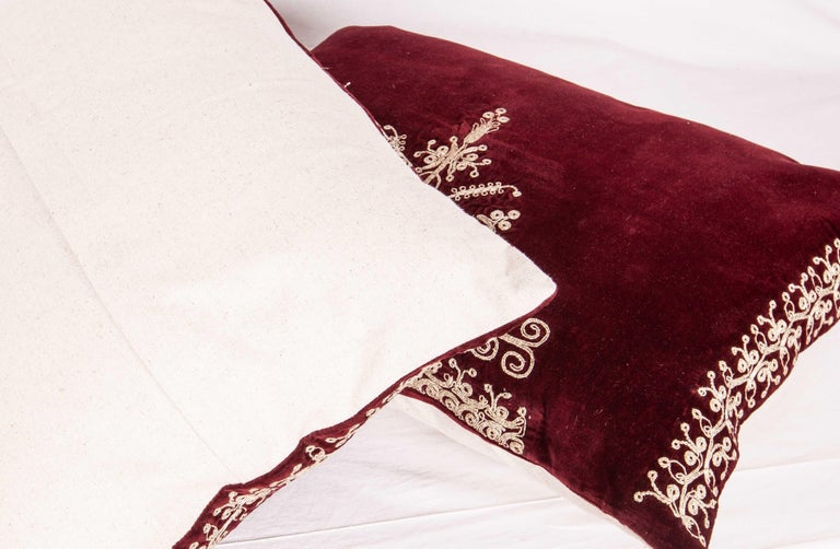 Vintage Anatolian Velvet Pillow Cases, Mid-20th Century In Good Condition For Sale In Istanbul, TR