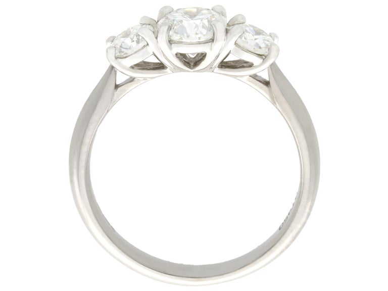 1.24 Carat Diamond and Platinum Three-Stone Ring In Excellent Condition For Sale In Jesmond, Newcastle Upon Tyne