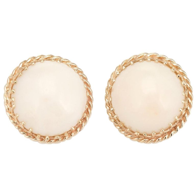 Vintage Angel Skin Coral Earrings 14 Karat Gold Round Button Clip-On Jewelry For Sale