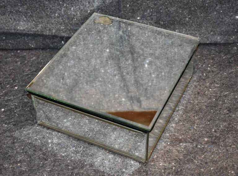 Mid-Century Modern Vintage Antique Mirrored Jewelry Box For Sale