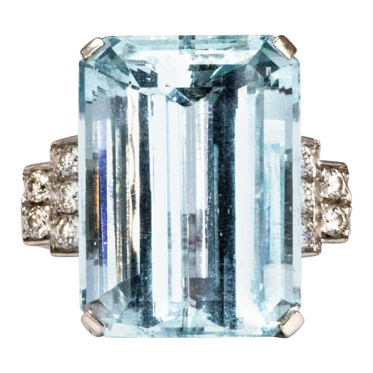 Vintage Aqua and Diamond 18 Carat White Gold Cocktail Ring