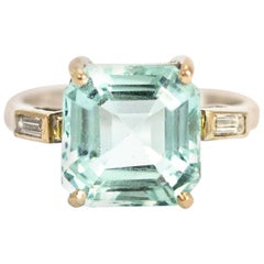 Vintage Aqua and Diamond 18 Carat White Gold Ring