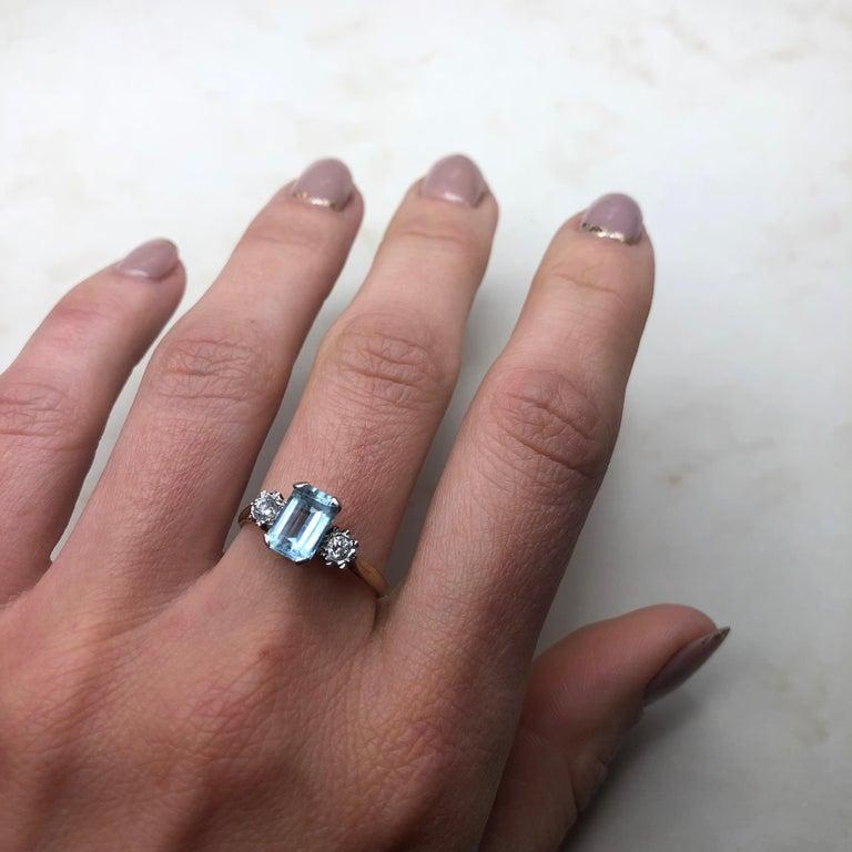 Vintage Aqua and Diamond 9 Carat Gold  Three-Stone Ring 1