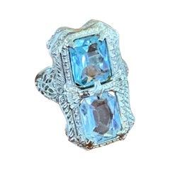 Vintage Aquamarine 14 Karat White Gold Filigree Ring