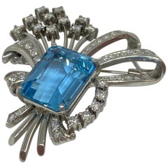 Vintage Aquamarine and Diamond Spray Brooch Platinum 14.17 Carat