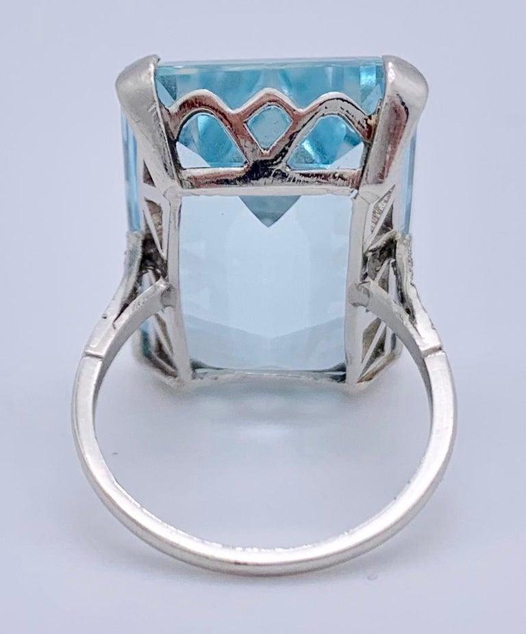 Women's Vintage Aquamarine Diamond White Gold Cocktail Ring For Sale