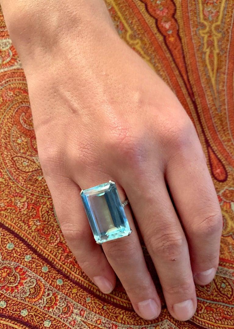 Vintage Aquamarine Diamond White Gold Cocktail Ring For Sale 1