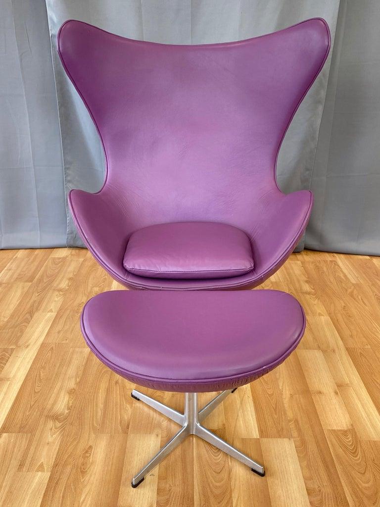 Aluminum Vintage Arne Jacobsen for Fritz Hansen Leather Egg Chair & Footstool Set, 1960s For Sale
