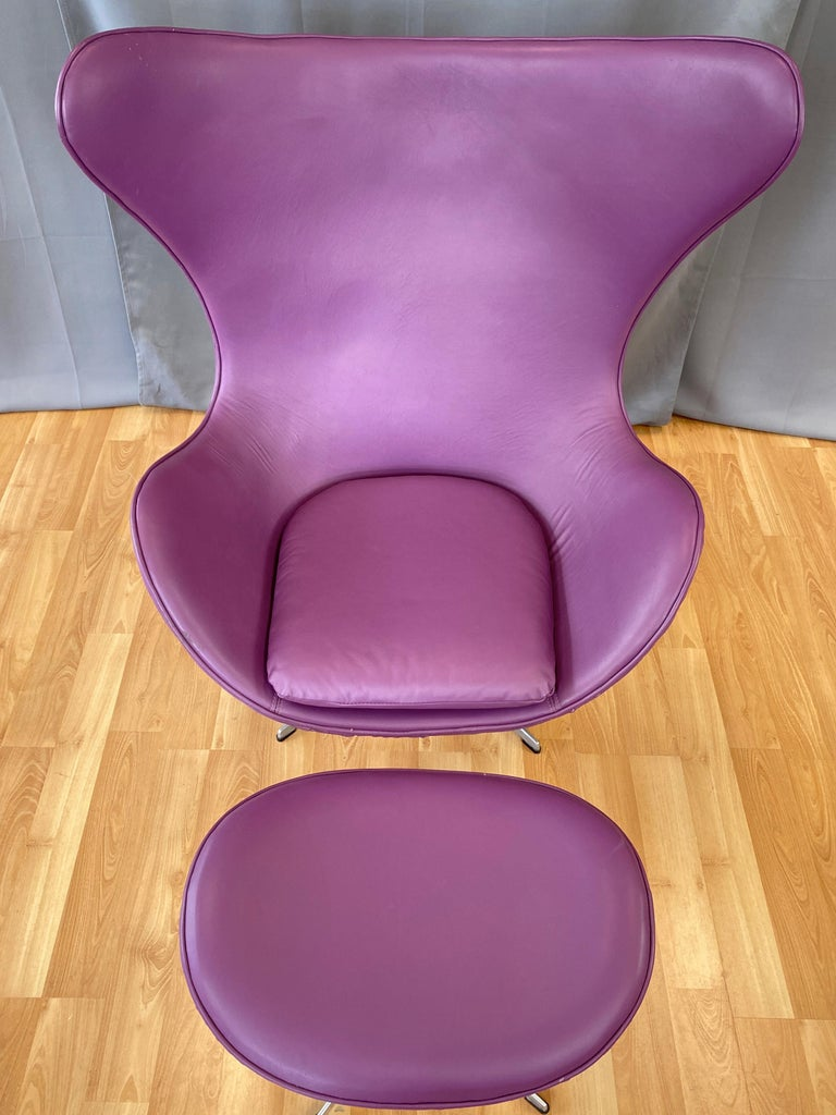 Vintage Arne Jacobsen for Fritz Hansen Leather Egg Chair & Footstool Set, 1960s For Sale 1