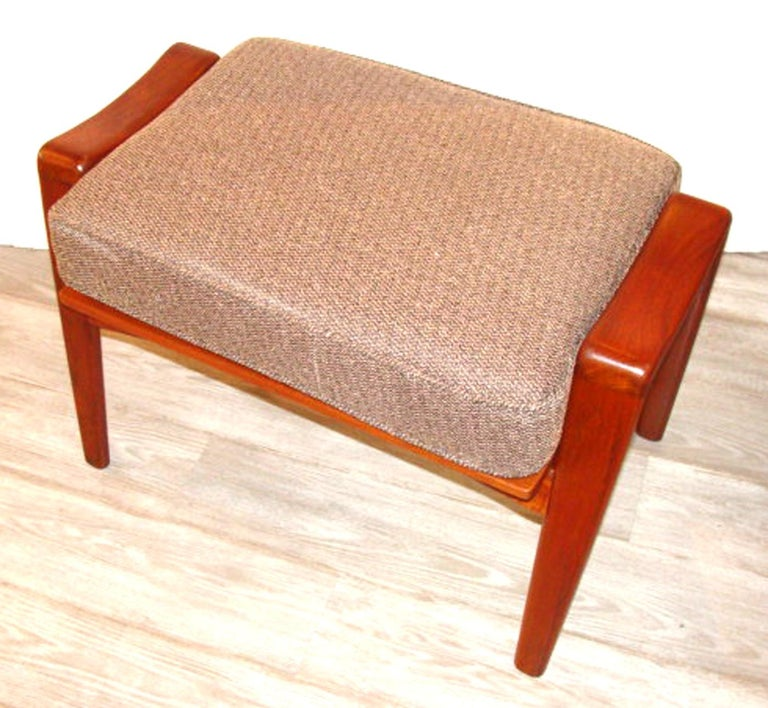 Vintage Arne Wahl Iversen Chair and Ottoman Two Sets In Good Condition For Sale In Lambertville, NJ