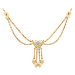 Vintage Art Deco 1940s Diamond and Yellow Gold Necklace