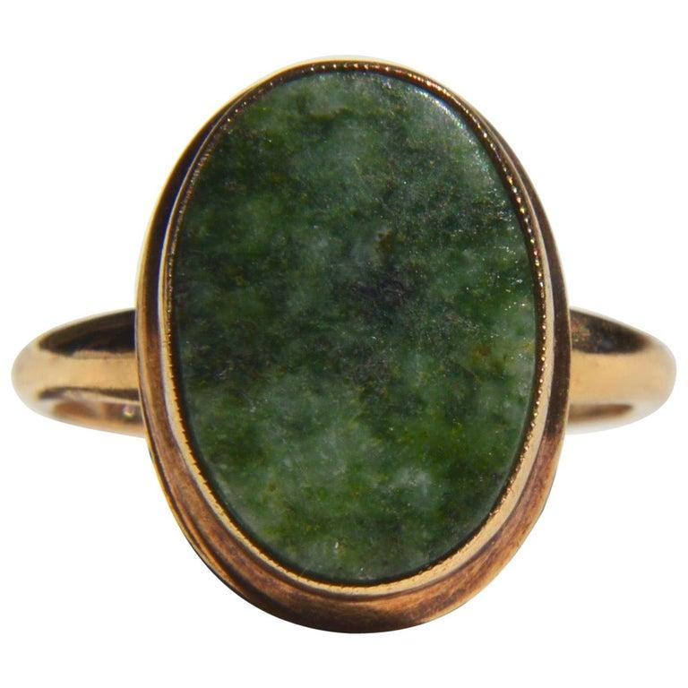 Vintage Art Deco Era 1920s 5.81 Carat Jade 10 Karat Gold Signet Ring