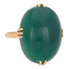 Vintage Art Deco Green Agate Ring 18 Karat Gold Large Oval Cocktail Jewelry