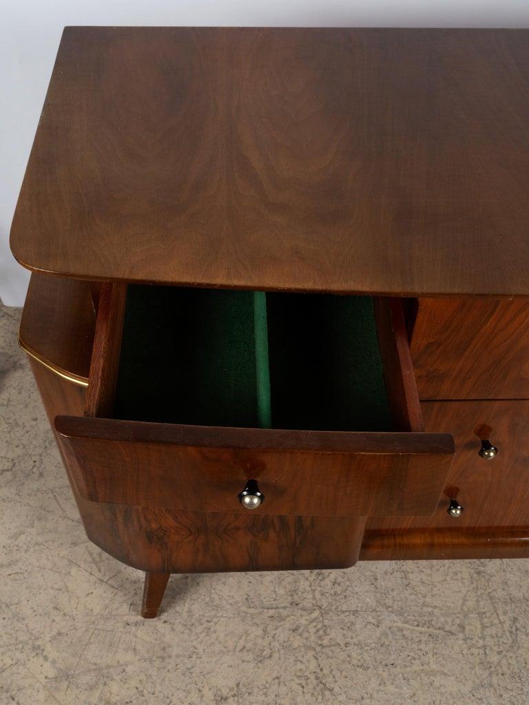 Mid-20th Century Vintage Art Deco Midcentury Figured Walnut Credenza Sideboard, England For Sale