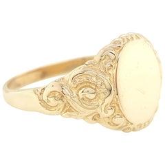 Vintage Art Deco Signet 14 Karat Yellow Gold Floral Curves Engraved Ring