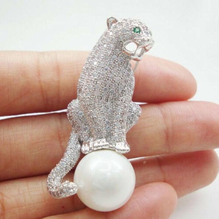 Modernist Art Deco Style Diamanté Jaguar Panther Pearl Brooch Pin  For Sale
