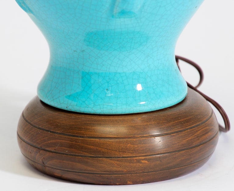 Vintage Asian Oriental Chinese Turquoise Ceramic Table Lamp For Sale 1