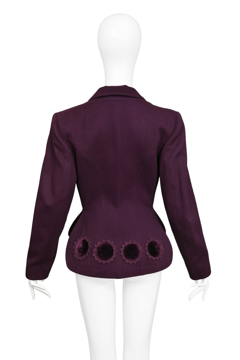 ALAIA FITTED BLAZER WITH APPLIQUE 1991 Condition : Deadstock Vintage Size : 40 Vintage aubergine purple Azzedine Alaia wool fitted blazer featuring a velvet appliques at hem, classic lapel collar, straight sleeves, and jacket length, and button