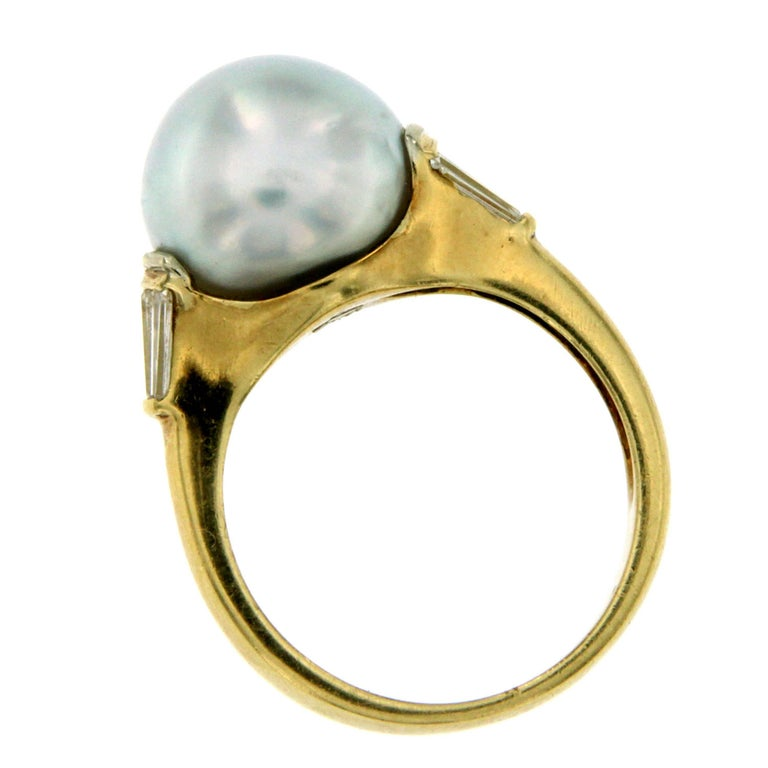 Vintage Australian Pearl Diamond Yellow Gold Ring In Excellent Condition In Napoli, Italy
