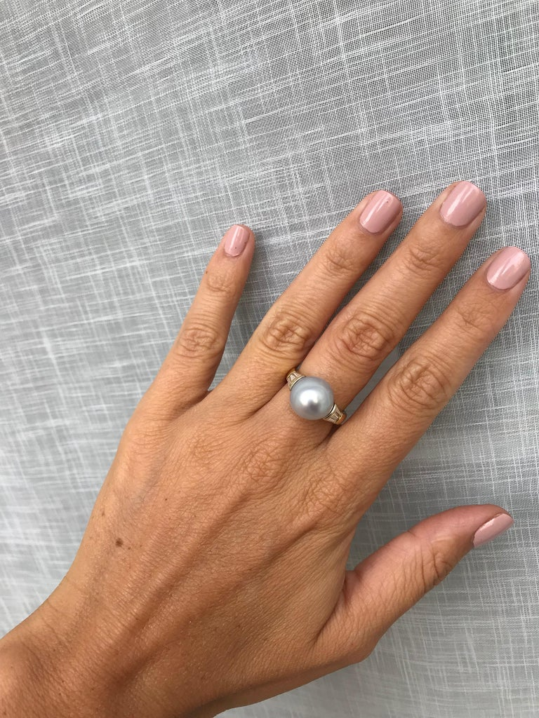 Women's Vintage Australian Pearl Diamond Yellow Gold Ring