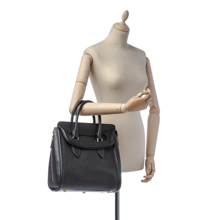 Vintage Authentic Alexander Mcqueen Black Leather Heroine Handbag ITALY MEDIUM  For Sale 11