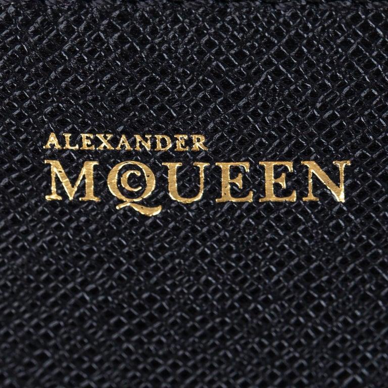 Vintage Authentic Alexander Mcqueen Black Leather Heroine Handbag ITALY MEDIUM  For Sale 2