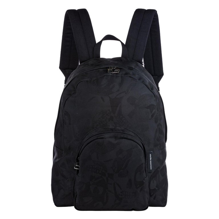 Vintage Authentic Alexander Mcqueen Black Printed Backpack ROMANIA LARGE  For Sale