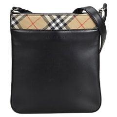 Vintage Authentic Burberry Black Leather Crossbody Bag United Kingdom MEDIUM