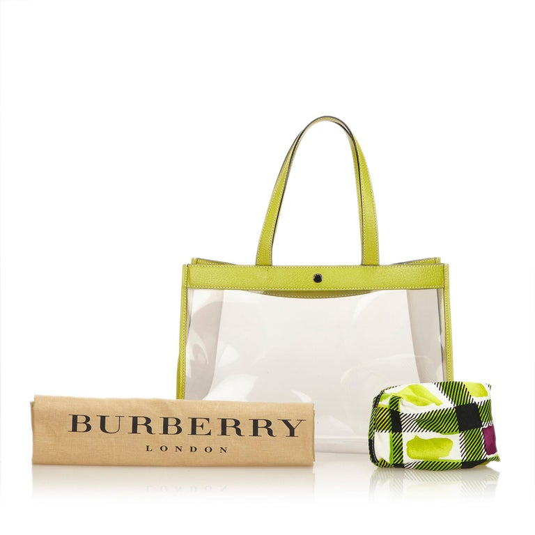Vintage Authentic Burberry Green Tote Bag United Kingdom w Dust Bag Pouch LARGE  For Sale 3