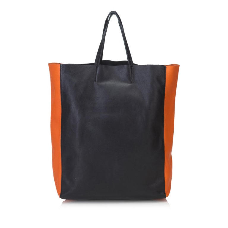 Vintage Authentic Celine Black Leather Bicolor Vertical Cabas Tote FRANCE LARGE  In Good Condition For Sale In Orlando, FL