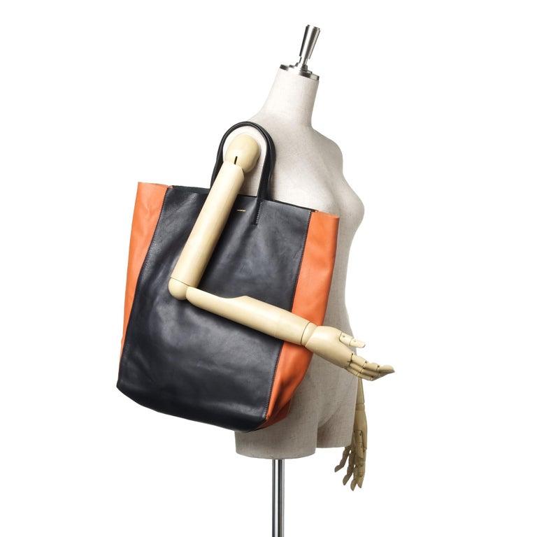 Vintage Authentic Celine Black Leather Bicolor Vertical Cabas Tote FRANCE LARGE  For Sale 4
