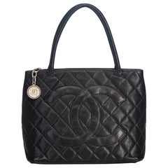 Vintage Authentic Chanel Black Caviar Leather Medallion Tote FRANCE LARGE