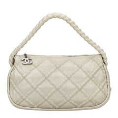 Vintage Authentic Chanel White Quilted Shoulder Bag Italy w Dust Bag MEDIUM