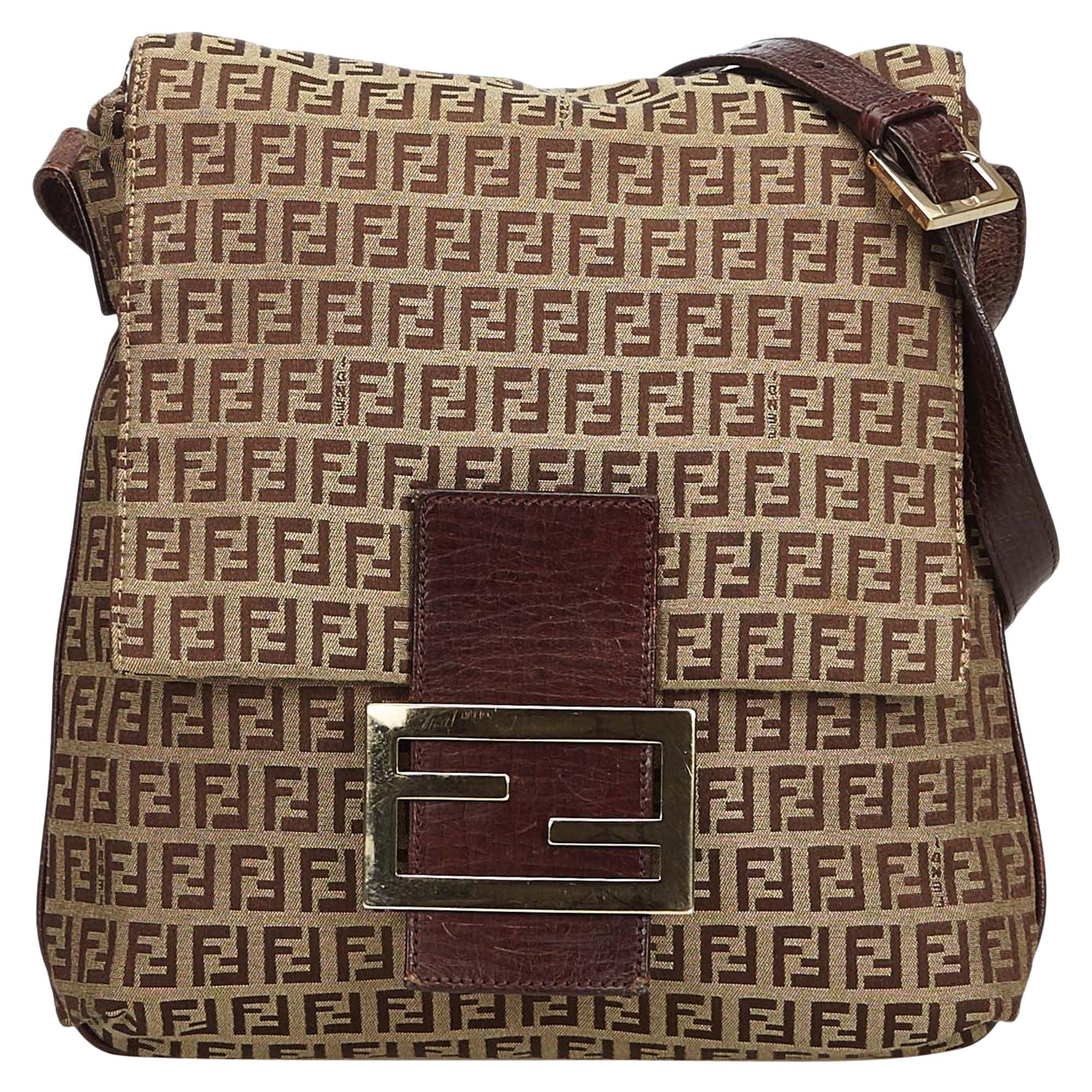 bc073f34 Vintage Fendi Handbags and Purses - 967 For Sale at 1stdibs