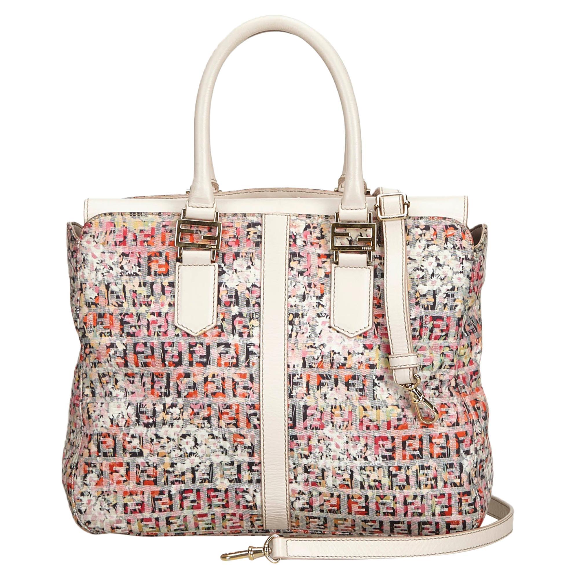 02c2429e2ee Vintage Fendi Handbags and Purses - 1,065 For Sale at 1stdibs