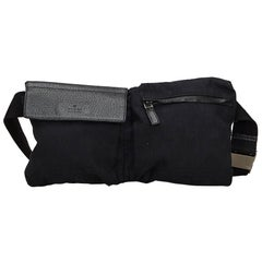 Vintage Authentic Gucci Black Canvas Fabric GG Belt Bag Italy SMALL